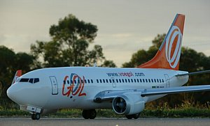 301 RC airliner GOL