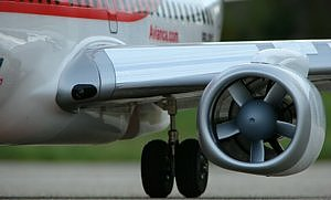 rc airliner-engine